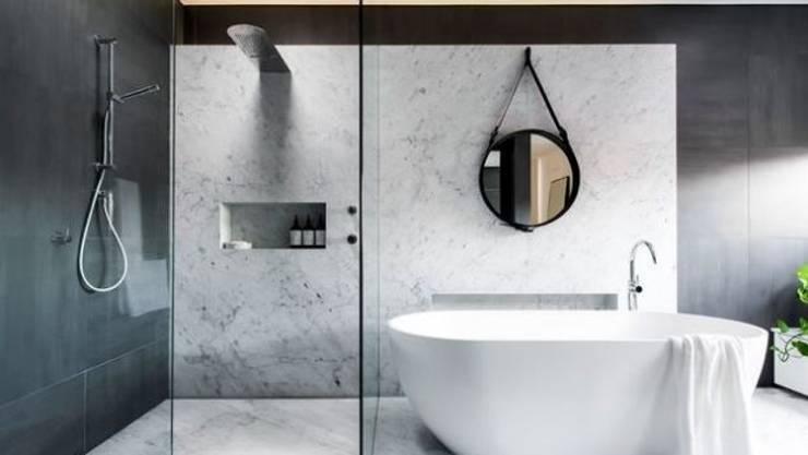 Open Space Bathroom Ideas:  Bathroom by Urban Living Designs