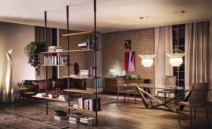 Espaço MyStudioHome.: Escritórios e Espaços de trabalho  por MyStudiohome - Design de Interiores