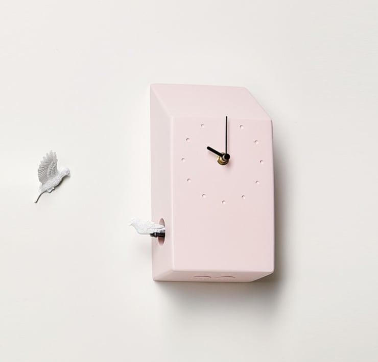 Haoshi Cuckoo X CLOCK - Home(Pink) Wall Clock: modern Living room by Just For Clocks