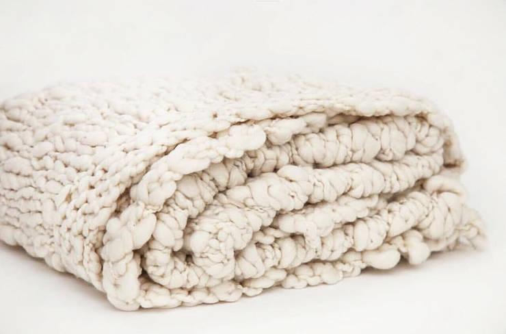 ALGODON AGROECOLOGICO • mantas & almohadones :  de estilo  por AZZULARQ.com,