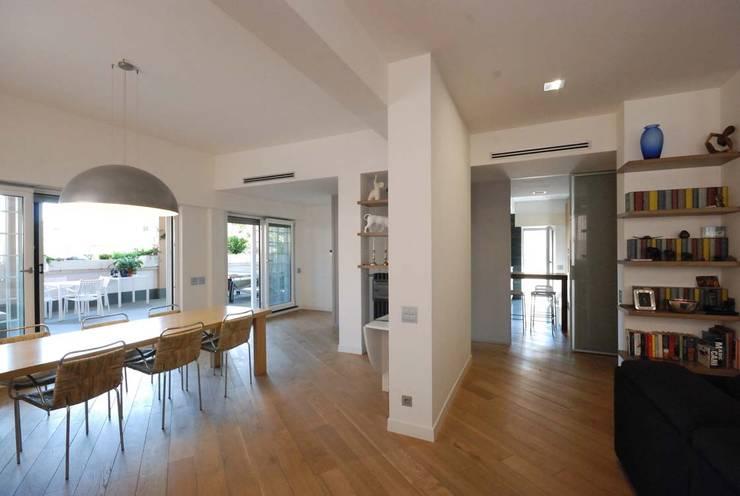modern Dining room by silvestri architettura