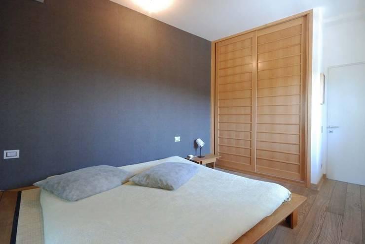 modern Bedroom by silvestri architettura
