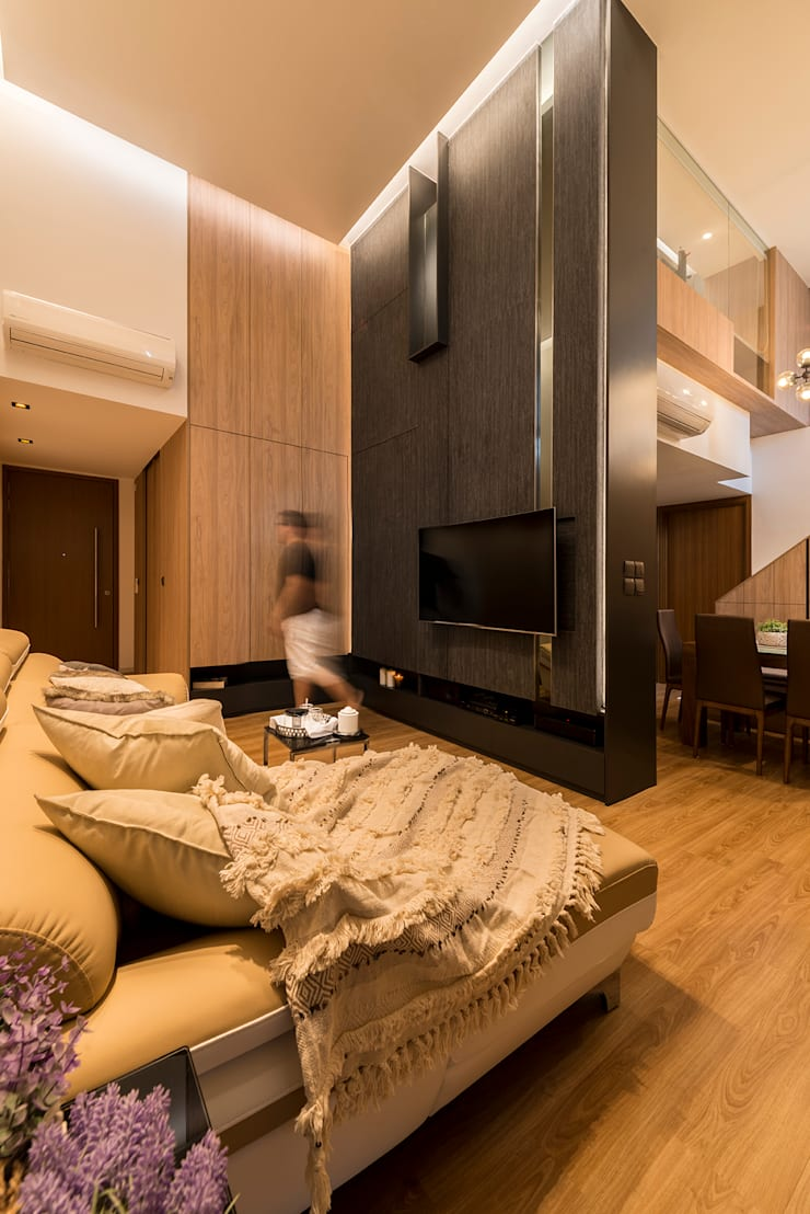Design & Build: Condominium @ Eunos (Modern Scandinavian): modern Living room by erstudio Pte Ltd