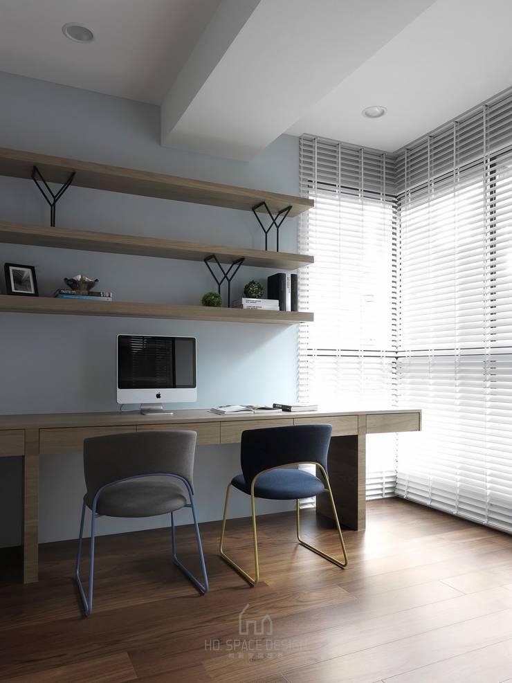大毅家風景L宅:  書房/辦公室 by Ho.space design 和薪室內裝修設計有限公司