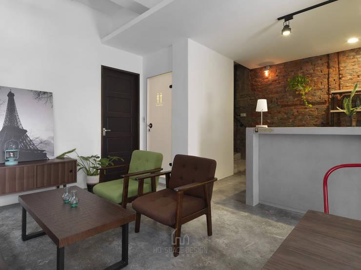 陌憩:  商業空間 by Ho.space design 和薪室內裝修設計有限公司