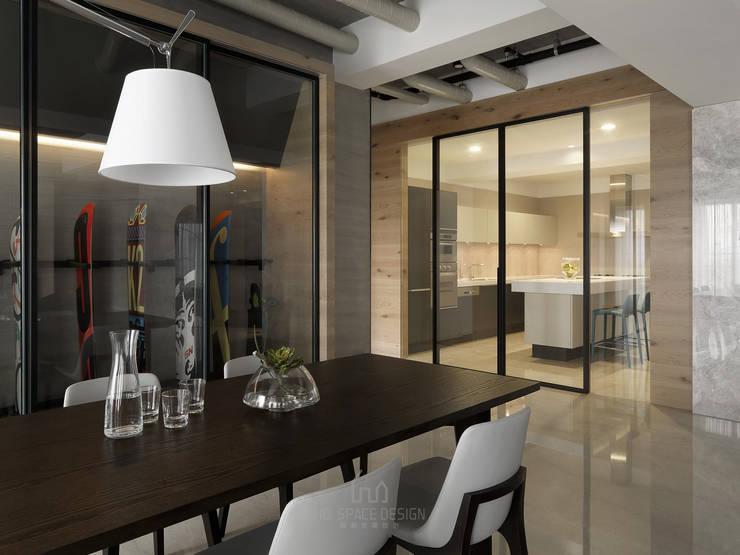 國泰森林觀道L宅:  餐廳 by Ho.space design 和薪室內裝修設計有限公司