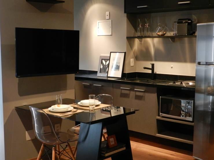 Minimalistische Küchen von ESC arquitetos associados Minimalistisch