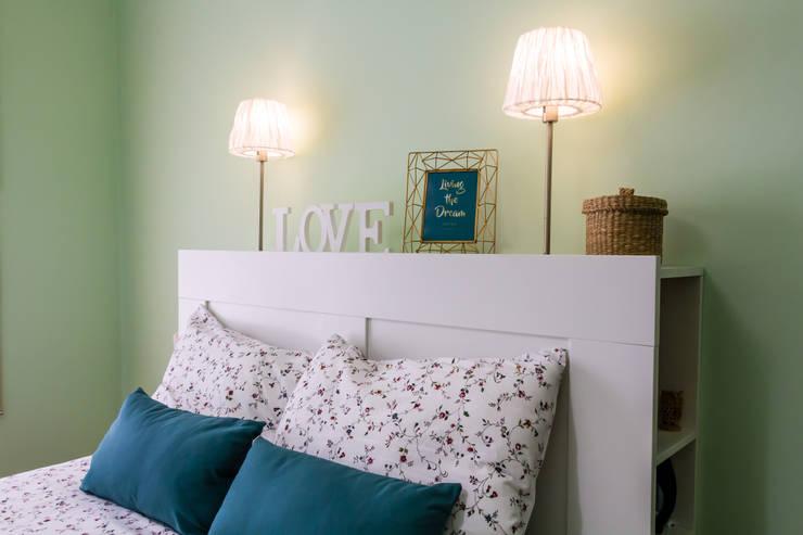 Bedroom by IAM Interiores