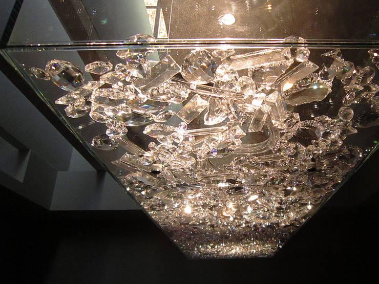 Crystal Pendant Lighting:  餐廳 by ABOON custom lightings