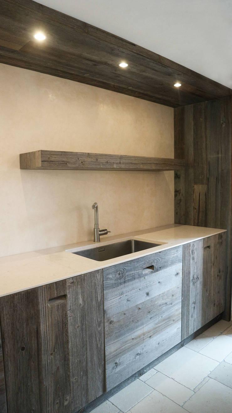 Kitchen by RI-NOVO ,