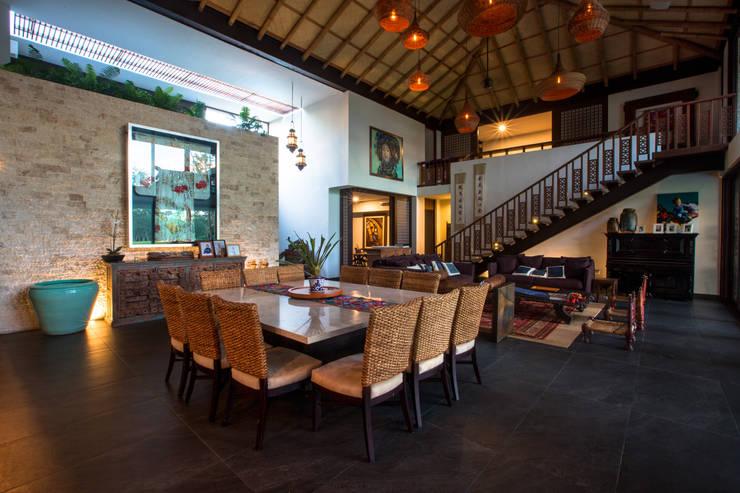 Casa DD: Comedores de estilo topical por Ancona + Ancona Arquitectos