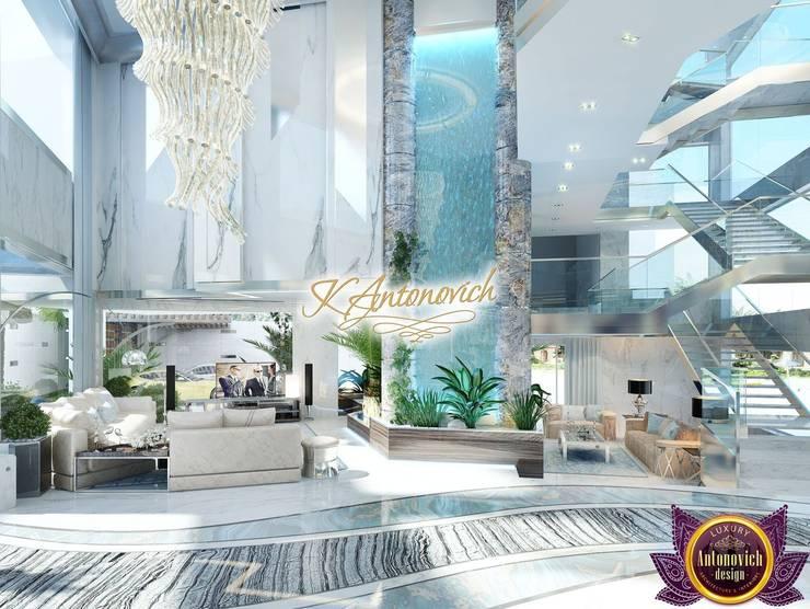 Luxury modern house design of Katrina Antonovich:  Corridor & hallway by Luxury Antonovich Design