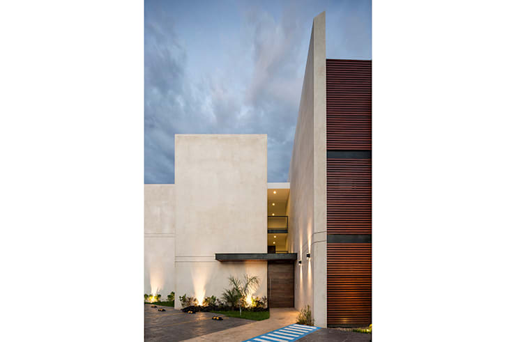 Terrace house by P11 ARQUITECTOS