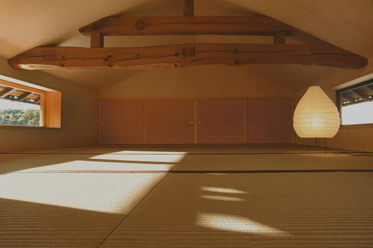 小さな和室: 神家昭雄建築研究室が手掛けた和室です。,