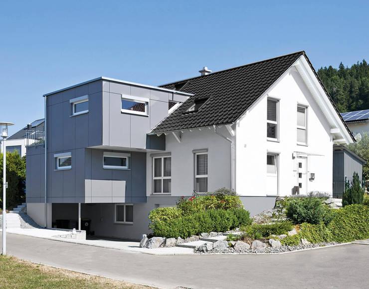 Maisons préfabriquées de style  par KitzlingerHaus GmbH & Co. KG