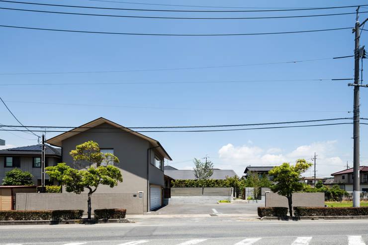 外観: 神家昭雄建築研究室が手掛けた木造住宅です。,