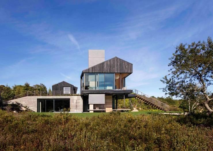 บ้าน 2 ชั้น:  บ้านเดี่ยว by รับเขียนแบบบ้าน&ออกแบบบ้าน