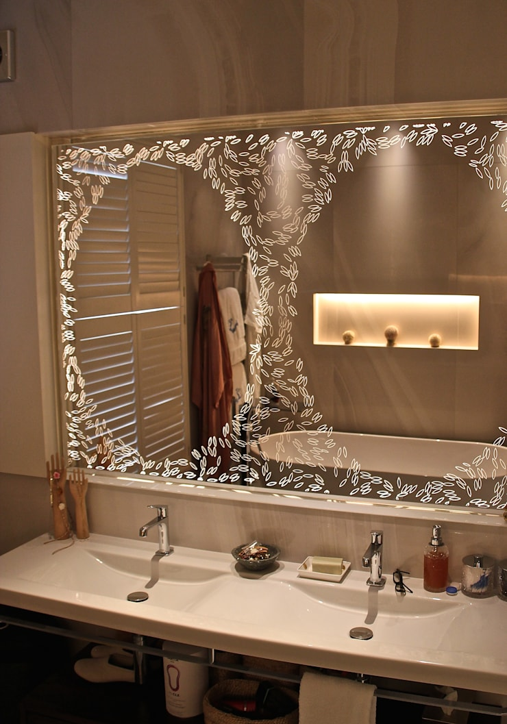 Bathroom by Alguacil & Perkoff Ltd.