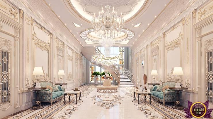 The art of luxury and comfort from Katrina Antonovich:  Corridor & hallway by Luxury Antonovich Design