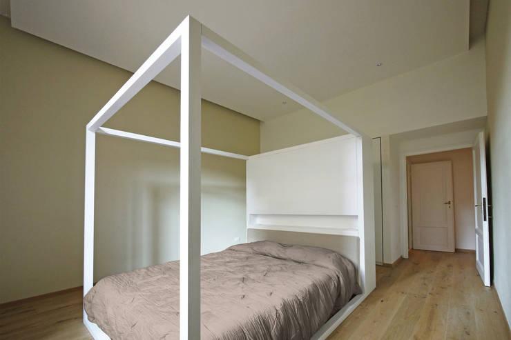 Letti A Baldacchino Moderni : Progettazione camera con letto a baldacchino a milano