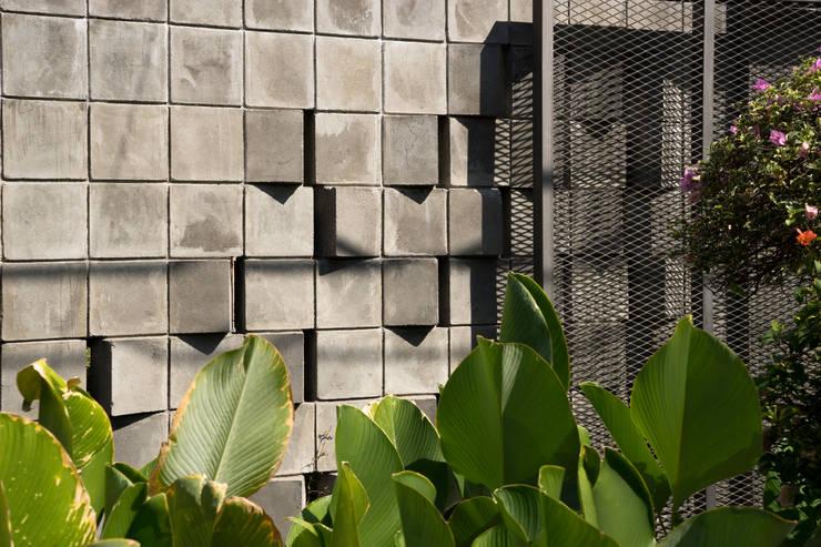 Detail Pagar:   by CV Andyrahman Architect