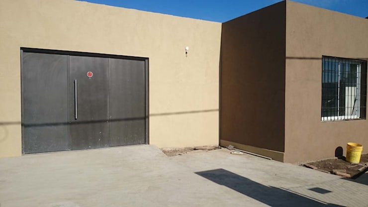 VIVIENDA ROLDAN 2: Casas de estilo  por ECOS DE SOL (Ingeniería y Construcción)