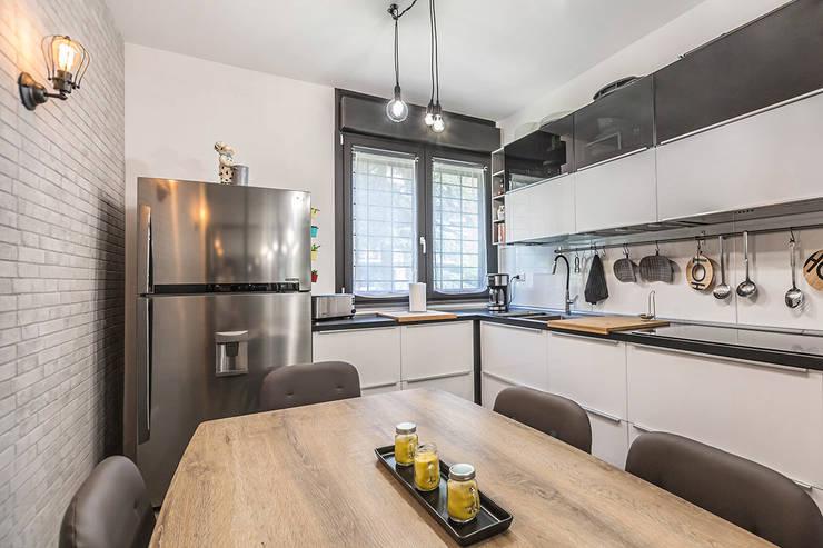 industrial Kitchen by Facile Ristrutturare
