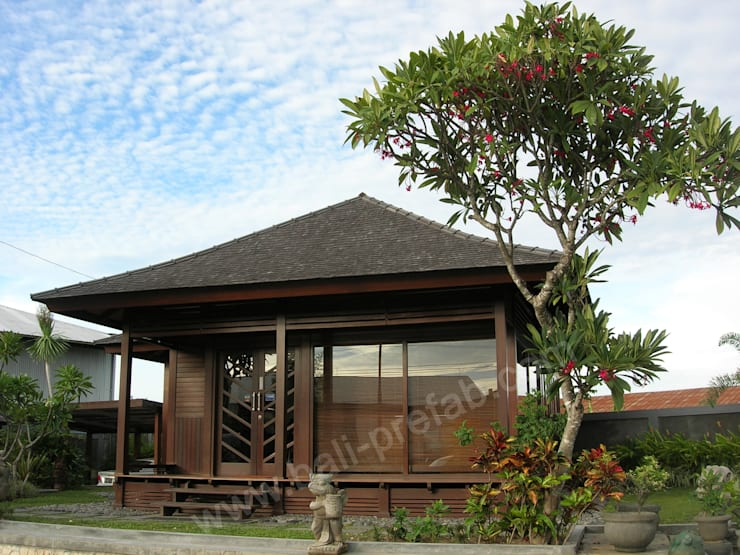 Bali Prefab office:  Kantor & toko by PT. Bali Prefab
