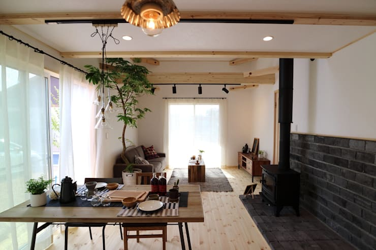 Dining room by 85inc.,