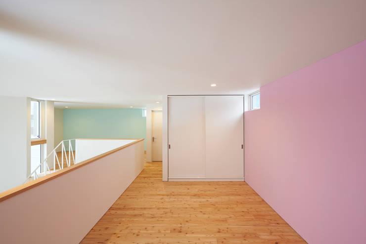 やじるしの家: アトリエモノゴト 一級建築士事務所が手掛けた子供部屋です。
