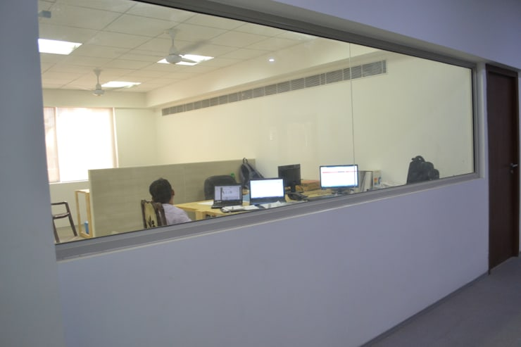 """Faridabad Factory, Office Interior: {:asian=>""""asian"""", :classic=>""""classic"""", :colonial=>""""colonial"""", :country=>""""country"""", :eclectic=>""""eclectic"""", :industrial=>""""industrial"""", :mediterranean=>""""mediterranean"""", :minimalist=>""""minimalist"""", :modern=>""""modern"""", :rustic=>""""rustic"""", :scandinavian=>""""scandinavian"""", :tropical=>""""tropical""""}  by mold design studio,"""