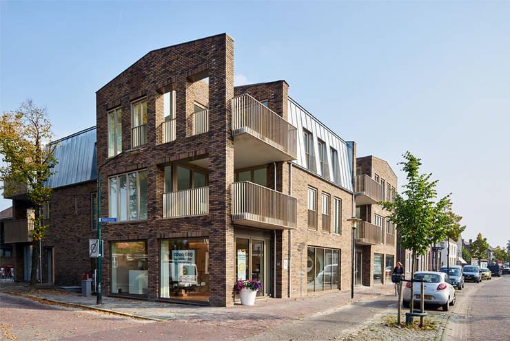 appartement:  Kantoor- & winkelruimten door [delacourt][vanbeek], Klassiek Stenen