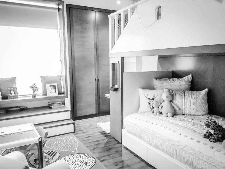 LA CAROLINA: Habitaciones para niñas de estilo  por D Interior