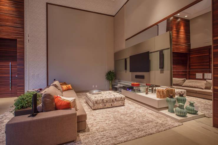 Residência Condomínio:   por Ana Paula Ferreira