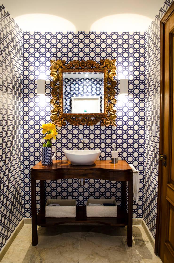 Apartamento Aristizabal – Alviar / Parte 1 Baños de estilo ecléctico de Tejero & Ángel Diseño de Interiores Ecléctico