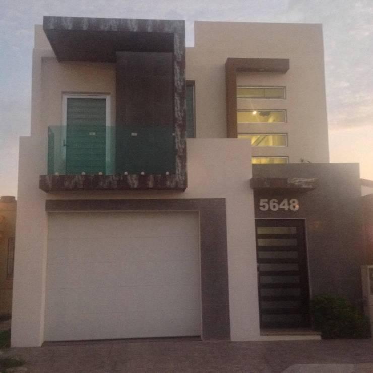 RNHOUSEONE: Casas de estilo minimalista por ORO ARQUITECTURA