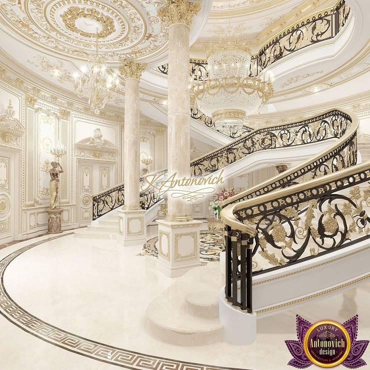 The luxury of the new millennium from Katrina Antonovich:  Corridor & hallway by Luxury Antonovich Design