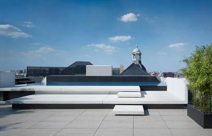 Sân thượng by Axthelm Rolvien Architekten