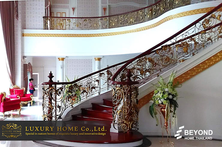 NEO-CLASSIC 2-STOREY HOMES:  ตกแต่งภายใน by HOME
