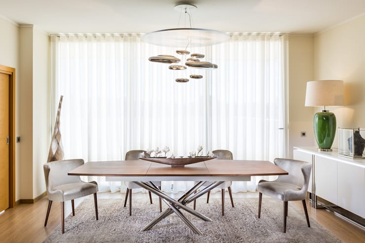 modern Dining room by Glim - Design de Interiores