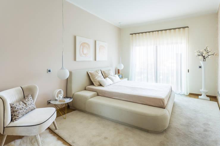 Bedroom by Glim - Design de Interiores