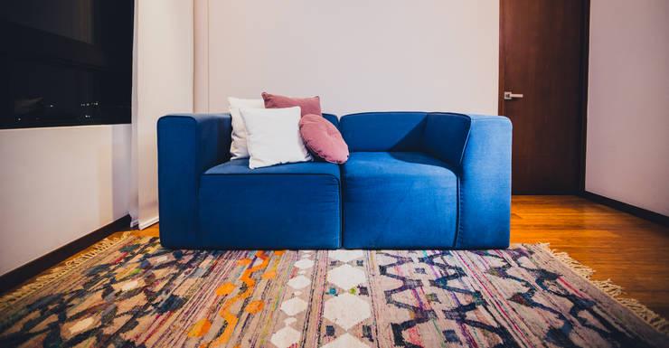 MONDRIAN: Salas de estilo  por Munera y Molina