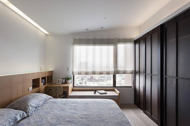 新婚‧新宅‧人生新階段:  臥室 by 禾光室內裝修設計 ─ Her Guang Design