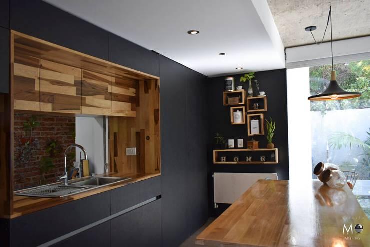 LOFT VF: Cocinas de estilo  por estudio  M,