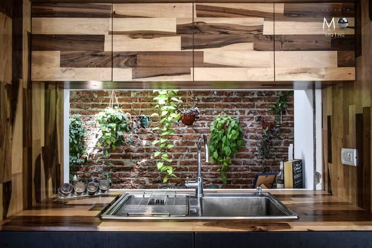 LOFT VF: Cocinas de estilo moderno por estudio  M