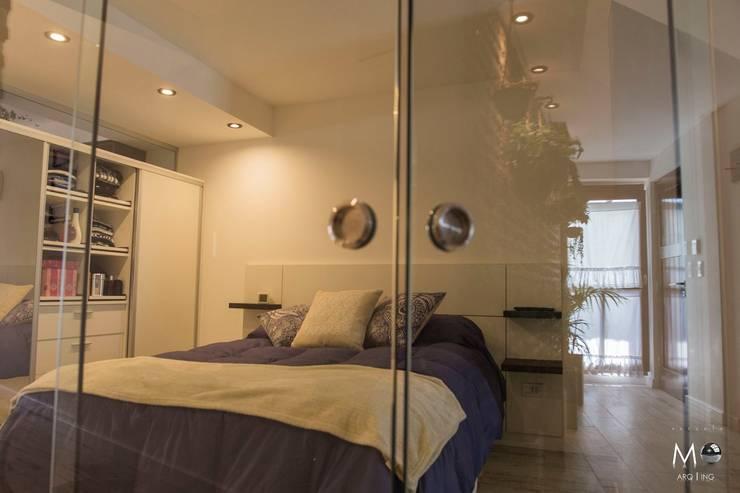MONOAMBIENTE VF: Dormitorios de estilo  por estudio  M,Moderno