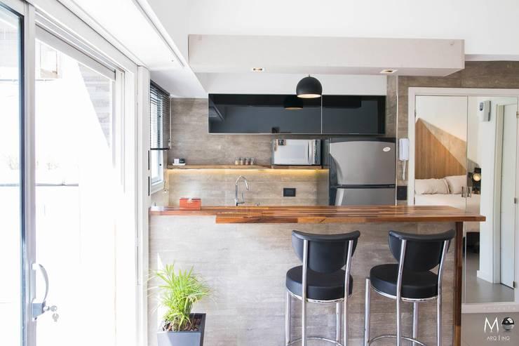 廚房 by estudio  M