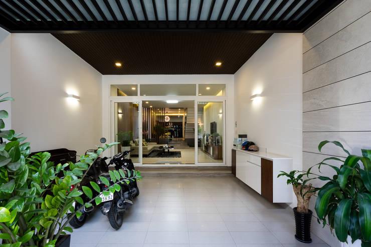 Teras by Cty TNHH MTV Kiến trúc, Xây dựng Phạm Phú & Cộng sự - P+P Architects