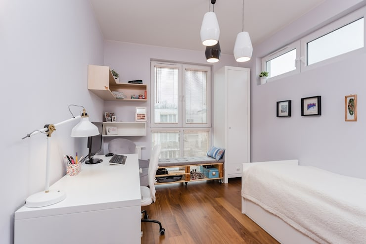 Habitaciones juveniles de estilo  por ZAWICKA-ID Projektowanie wnętrz