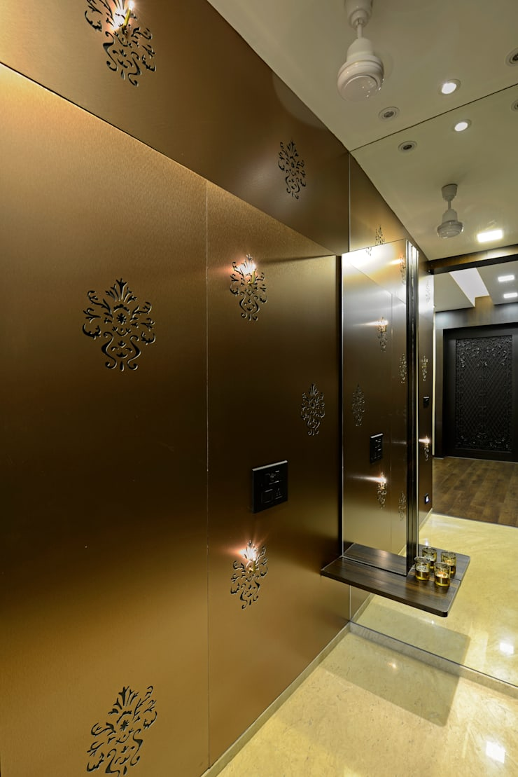 Matunga Apartment:  Corridor & hallway by Fourth Axis Designs,Modern